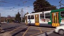 Through the diamonds : Metro trains : Yarra Trams