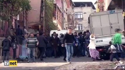 Polise taşlı saldırı sonrası ortalık karıştı