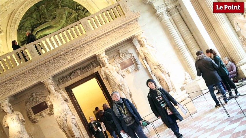 Visite interdite du Louvre #2 : la tribune des musiciens dans la salle des Caryatides.