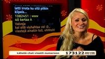 Iida vilauttaa rintsikoitaan- Se Oikea 15.02.2010