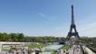 Faire du kitesurf dans la fontaine du Trocadéro (Paris)