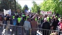 Manifestation contre le projet de lignes à haute tension dans les Hautes-Alpes