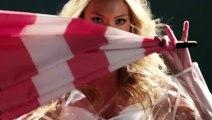 Victoria's Secret Angels & Umbrellas - Models
