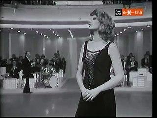 Mina e Adriano Celentano - Parodia di PAROLE PAROLE (1972)