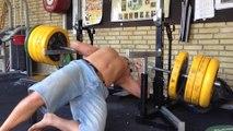 Faire le beau gosse en salle de musculation : FAIL
