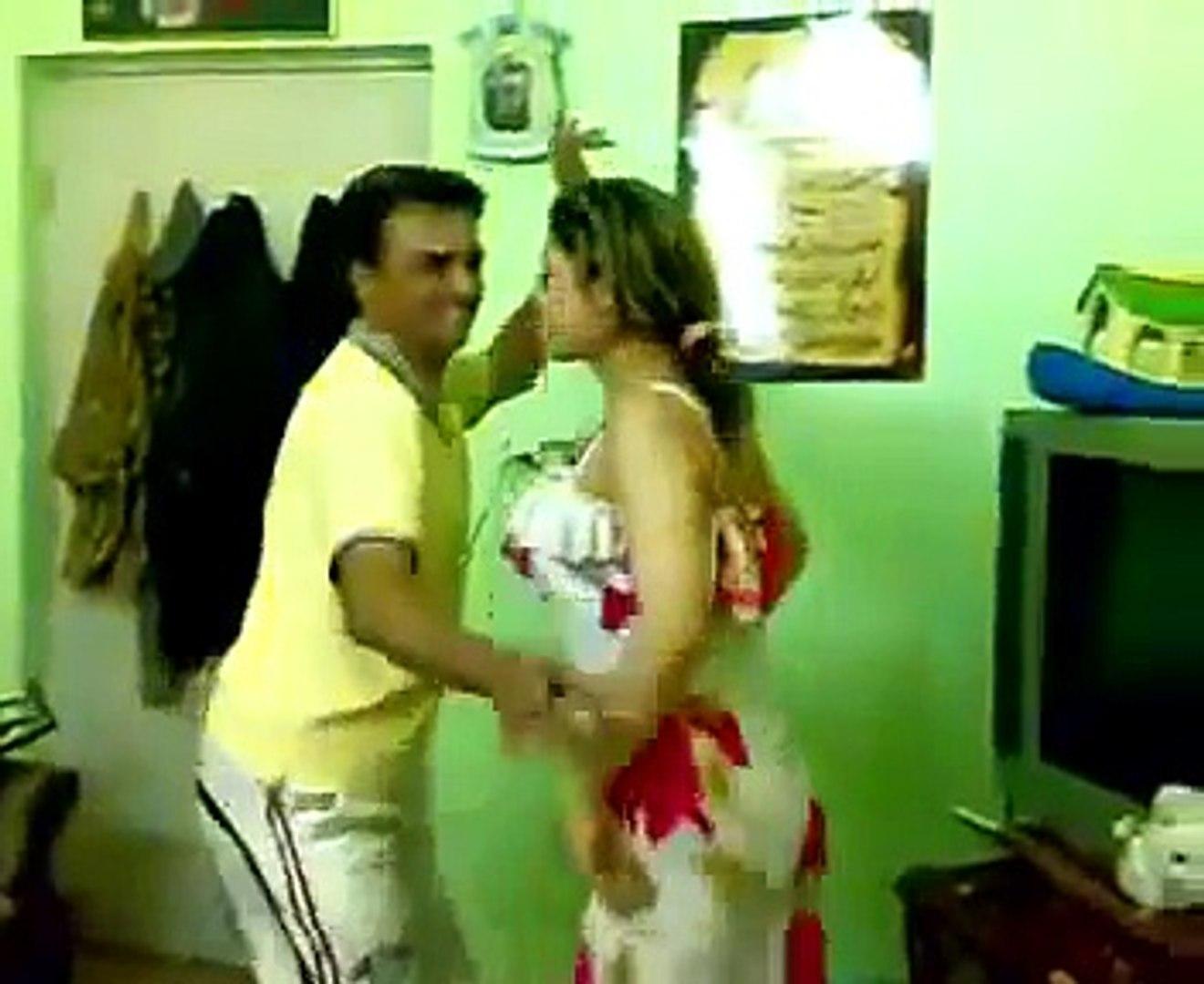 vrw ogd[d - رقص منازل خليجي - رقص معلايه خليجي - رقص خليجي في غرفة النوم - رقص عاري