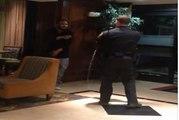 Un policier met une dizaine de décharges de Taser à un suspect (Etats-Unis)