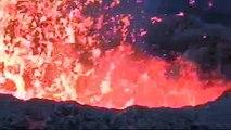 Eruption au Piton de la fournaise, le volcan de la Reunion