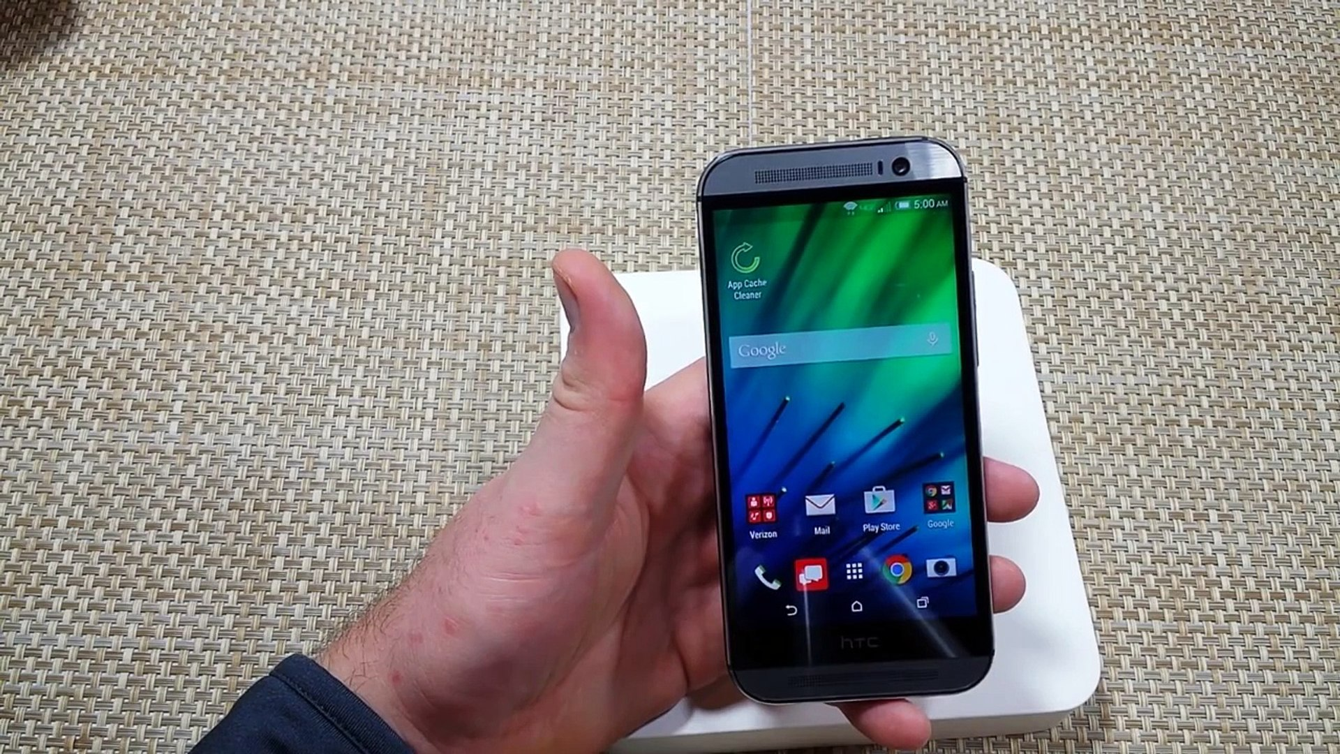 FIX HTC One (M8) Freezing Lagging Slow overheating or non responsive How to  speed it up
