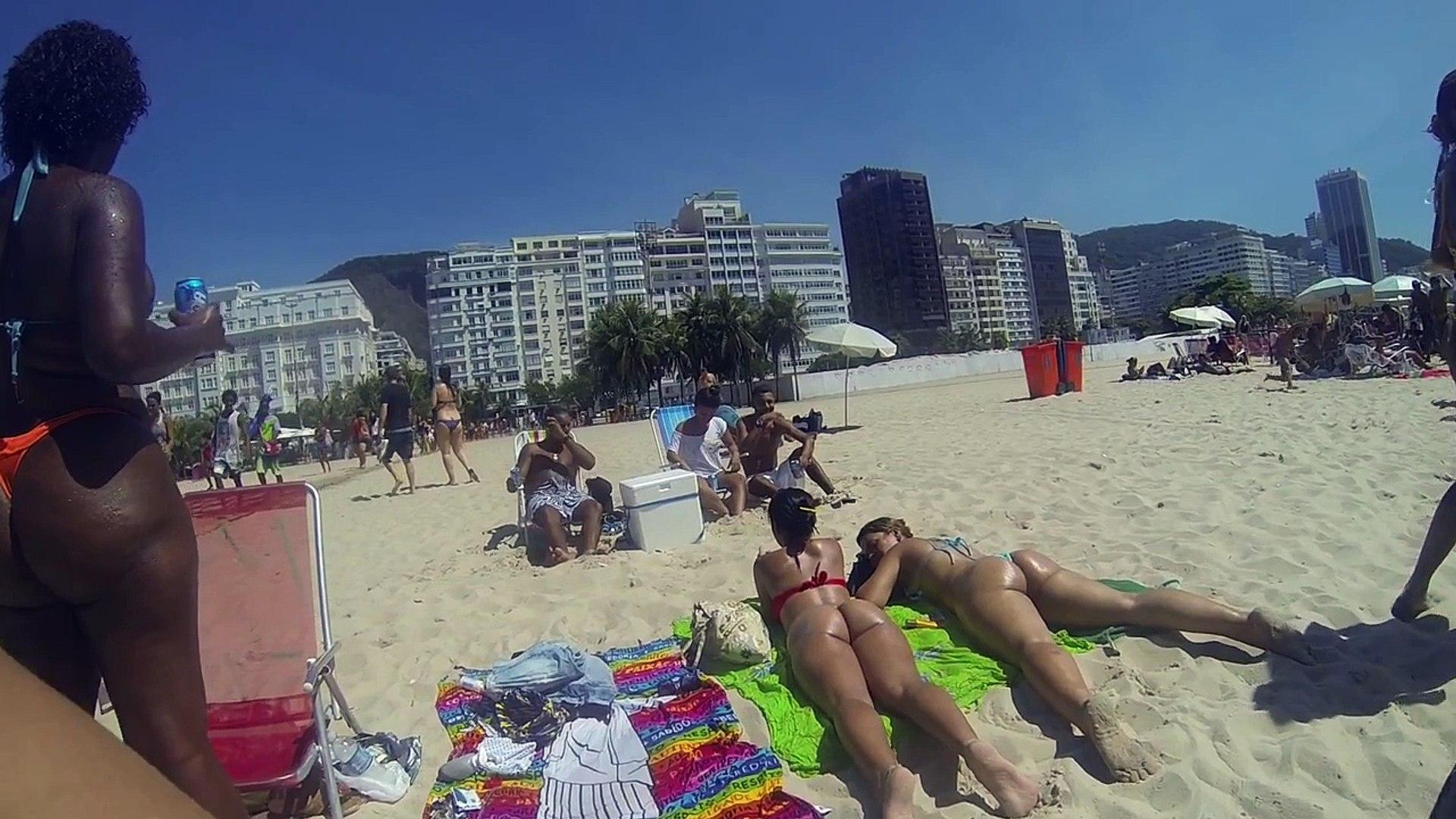 Girls on Copacabana, Rio de Janeiro Slow Motion HD - meninas brasileiras quentes