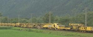 Машина для прокладывания железной дороги | Machine for laying railway |  Machine pour la pose de chemin de fer