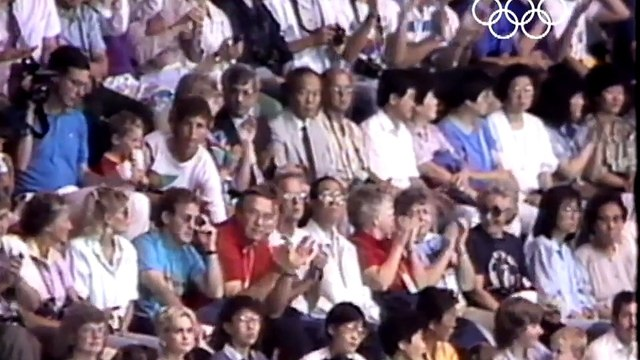 Greg Louganis' Incredible Gold Medal Comeback - Seoul 1988 Olympics