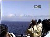 Jet plane cruises at the exact Sound Barrier Speed / Mur du Son en Visuel MACH 1