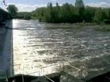 Vidéo0245 vichy  rivière allier la passe a poissons