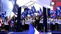 Pechos al aire contra el ultraderechista Frente Nacional en París
