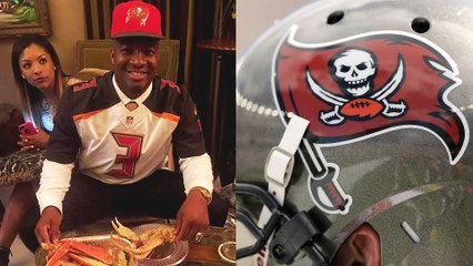 Jameis Winston Feasts on Crab Legs During NFL Draft, Deletes Photo