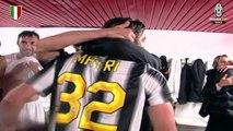 Campioni d'Italia! La Juventus festeggia nello spogliatoio - Juventus celebrate in the dressing room