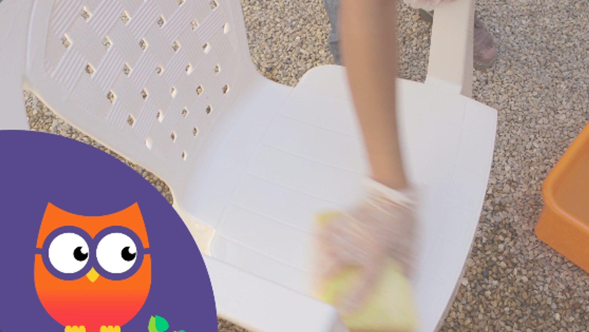 Comment nettoyer des meubles de jardin en plastique (Ooreka.fr)