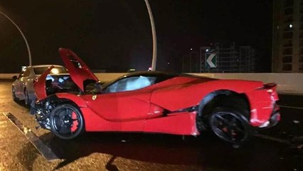 LaFerrari Crashed In Shanghai, China