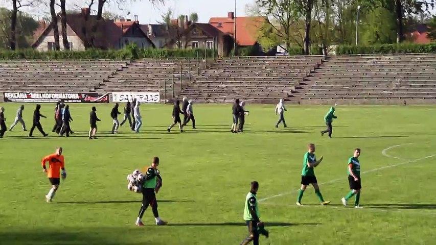 Egzekucja policyjna na stadionie Concordii Knurow - Nie pie_doli sie zydostwo z Polakami, Swieto Flagi 2. Maja 2015