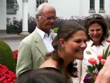 King Carl Gustaf from Sweden takes a picture!