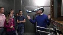 Kan een vliegtuig op de kop vliegen? Uitleg aerodynamica windtunnel Technische Universiteit Twente