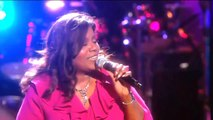 "Gloria Gaynor performs ""I Will Survive"" at Mandela Day 2009 from Radio City Music Hall"