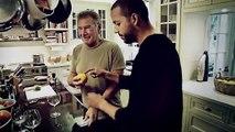 David Blaine joue un tour de magie à Harrison Ford