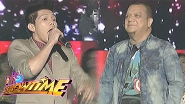 Duet performance by Jovit and Mitoy on It's Showtime