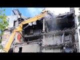 CAT 349E HIGH REACH DEMOLITION EXCAVATOR ripping scrap off rooftop