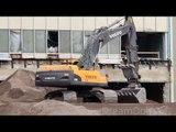 VOLVO EXCAVATOR EC460C DIGGING GRAVEL CONSTRUCTION SITE LAS VEGAS DEMOLITION