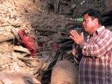 Népal: l'aide arrive dans les zones très touchées, bilan de 7.557 morts
