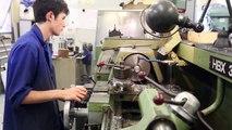 Norbert, 17 ans, mécanicien au CNRS