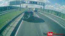 BMW X5 vs Camion 40 tonnes