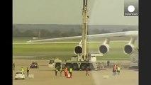 Le plus gros avion au monde fait son show