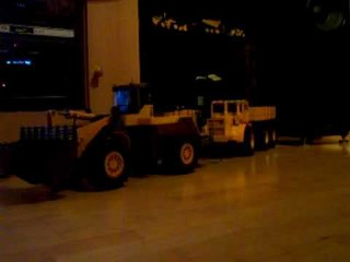 RC HEAVY POWER ALLWHEEL DRIVE, RC STRONG POWER WINCH, RC TRACTIVE POWER.16kg   www.modellkran.de