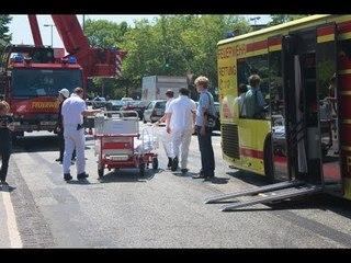 Feuerwehr Hamburg Rettungseinsatz Mobilkran LTM 1060/2 GRTW heavy rescue crane