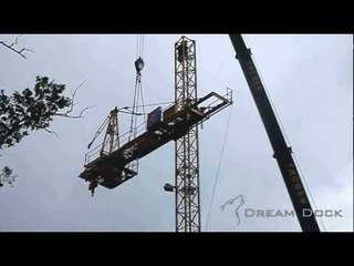 Mobilkran Liebherr LTM 1100-5.1 Thömen montiert Turmdrehkran 71EC erecting tower crane