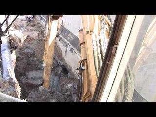 Cat 307B Digging Clay