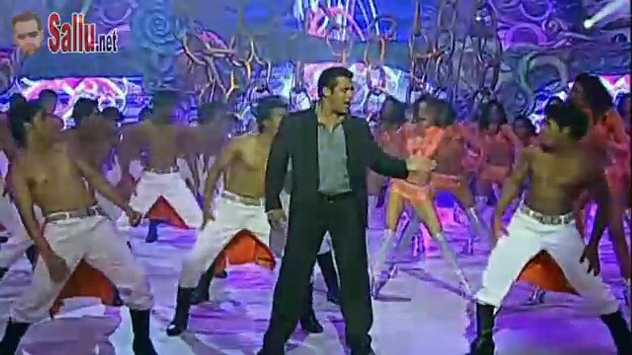 Salman Khan Performing at the IIFA Awards 2010    HD    Sallu net