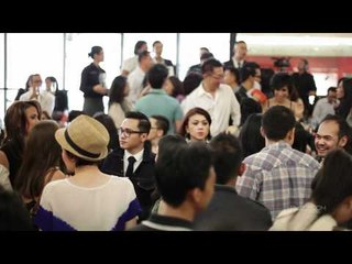 FASHION VIDEO: Guess Party, Seksi & Seru!