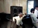 ?syndication=228326Rang Chada Hai Range Chadega - Funny Video?syndication=228326