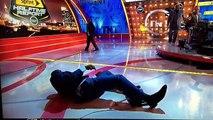 Shaq O'Neal sufrió caída en TV y pagará U$S500 al mejor meme (VIDEO)