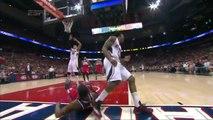 John Walls se blesse le poignet en marquant ! Playoffs NBA 2015