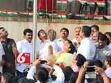 YS Vijayamma hoisted Tri colour flag in 65th Republic day celebrations