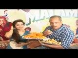 """NANA PATEKAR Enjoying Jalebi & Samosa Event of """"KAMAAL DHAMAAL MALAMAAL"""""""