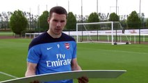 Funny! #Arsenal Stars Respond to Mean Tweets from Fans!