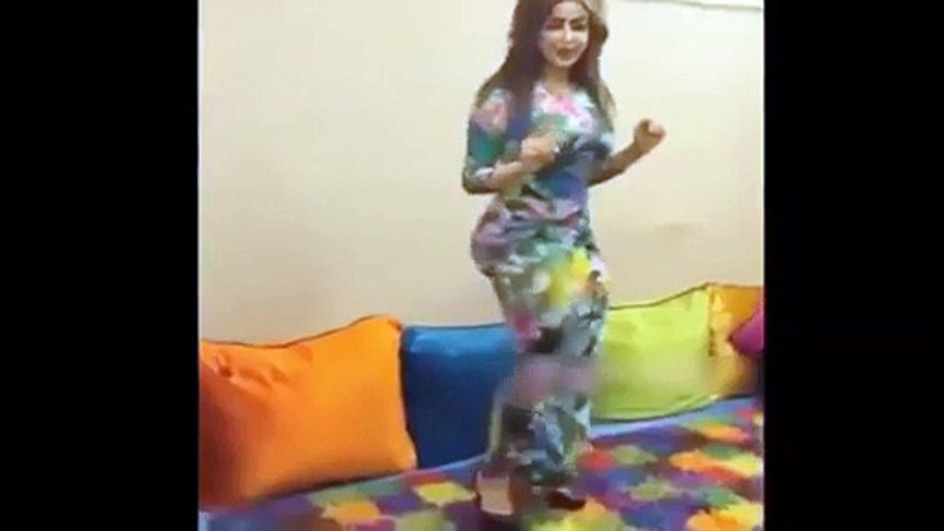 رقص منازل خليجي رقص مثير بمؤخرة ثقيلة 2015