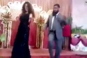 Pakistani Molvi Funny Dance on Mouja Hi Mouja