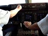 Cockpit Landing KLM boeing 747 @ Schiphol Amsterdam